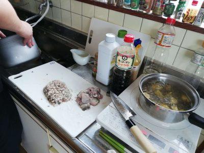 同じ魚でもミンチにしたり、様々な調理をします